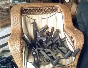 mumbai-machine-guns